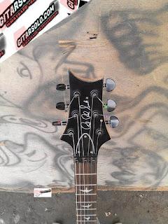 Custom Gitar solo,Gitar Ibanez,Gitar Elektrik,Pesan Gitar Elektrik,Jual Gitar elektrik,Pengrajin Gitar Elektrik