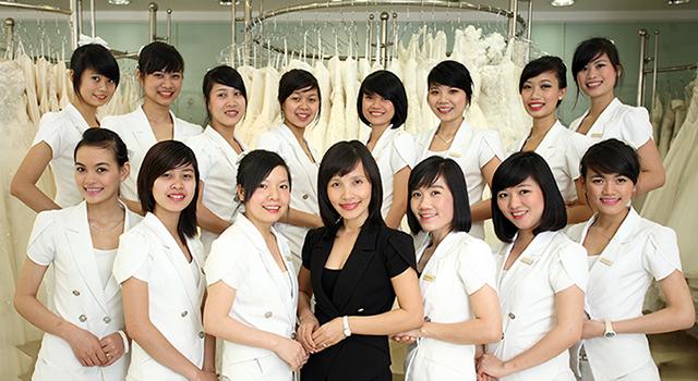 Một cửa hàng cho thuê áo cưới đẹp tại TPHCM