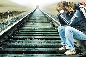 immagine relativa a giovani che per disperazioni tentano il suicidio