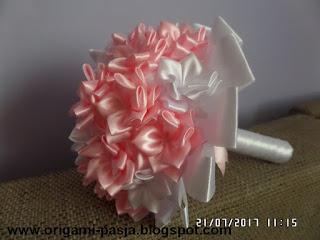 bukiecik, dla dziewczynki, różowy, ze wstążki, biel, na chrzest, na roczek, z okazji,