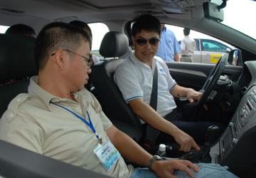 học-lái-xe-ô-tô