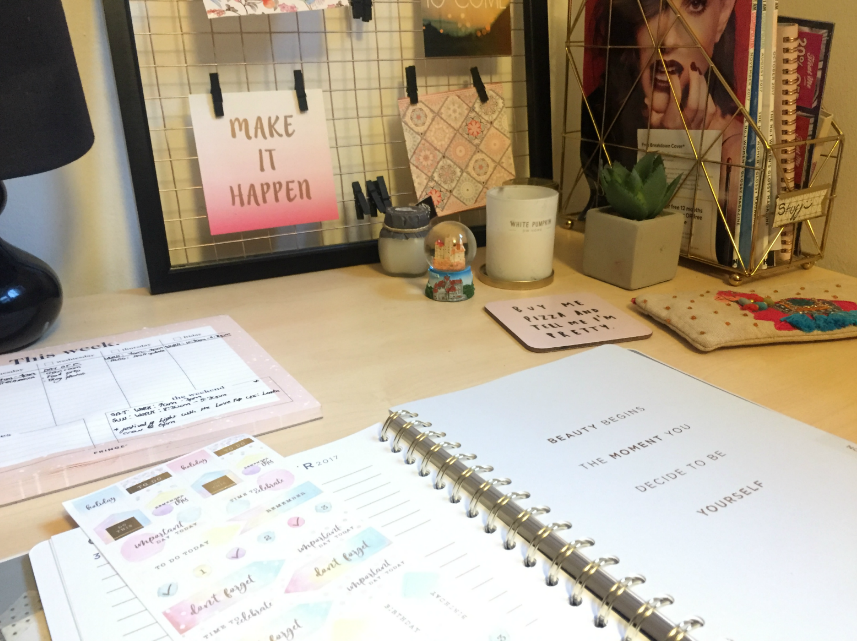 Formidable Joy | UK Fashion, Beauty & Lifestyle Blog | Lifestyle | Home | Creating my own blogging space with Kit Out My Office | Kit Out My Office | Blogger Space | Desk | Review