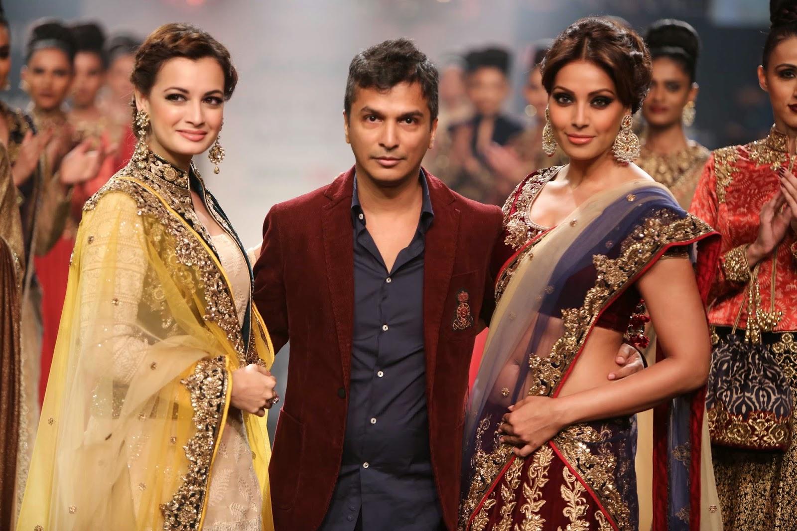 Vikram Phadnis Lakmé Fashion Week