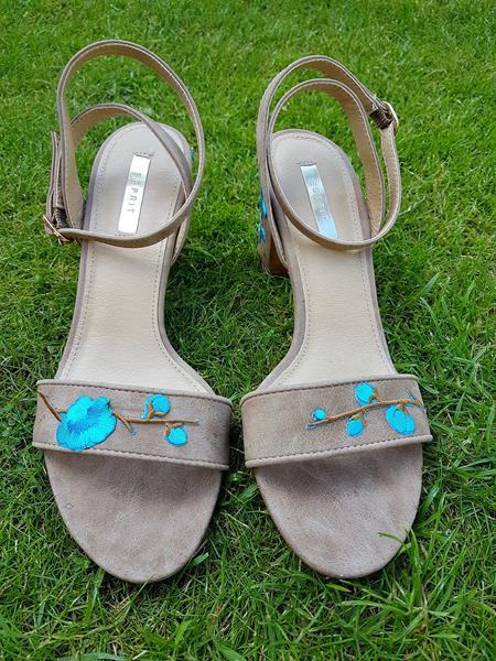 Blumenranken für langweilige Schuhe
