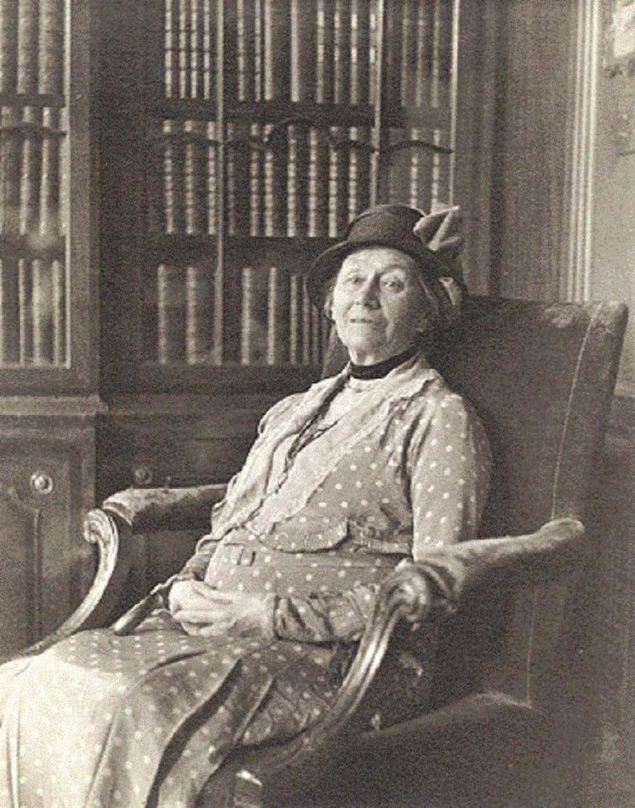 Alice Hargreaves in 1932, at the age of 80.
