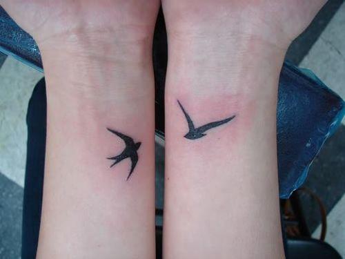 bird tattoos on wrist large