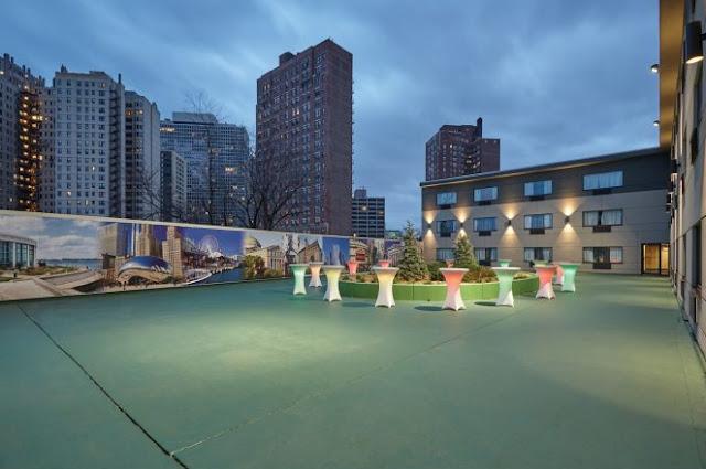 Hotel Wedding Venues Chicago La Quinta Inn & Suites Chicago Downtown