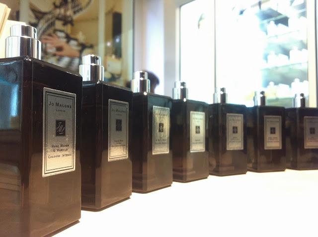 Jo Malone profumi Milano Peony & Blush Suede regali di natale fragranze personalizzate