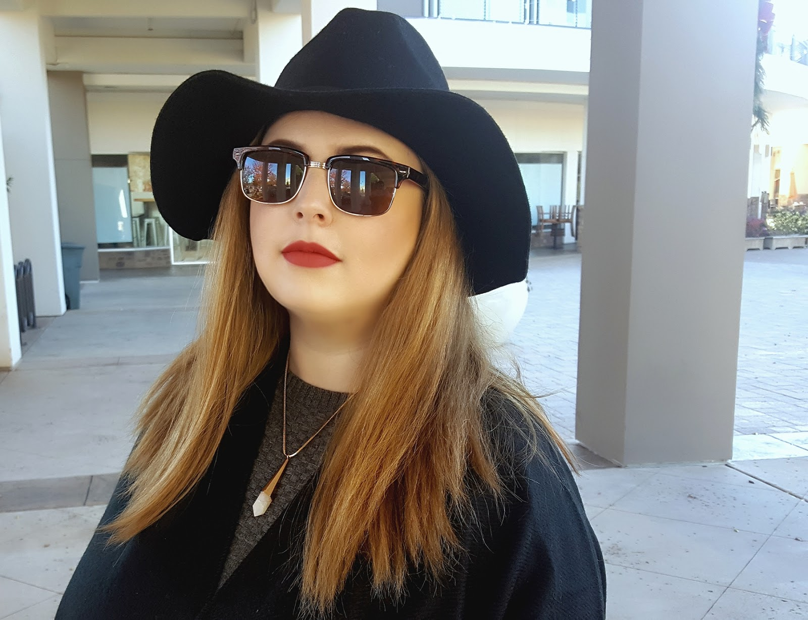 winter-makeup, face-of-the-day, fotd, deep-red-lips, dirty-blonde-hair, target-women's-rancher-hat