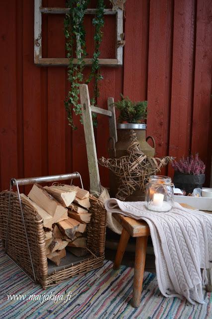 terassi talvi vesikelkka polttopuut maitotonkka