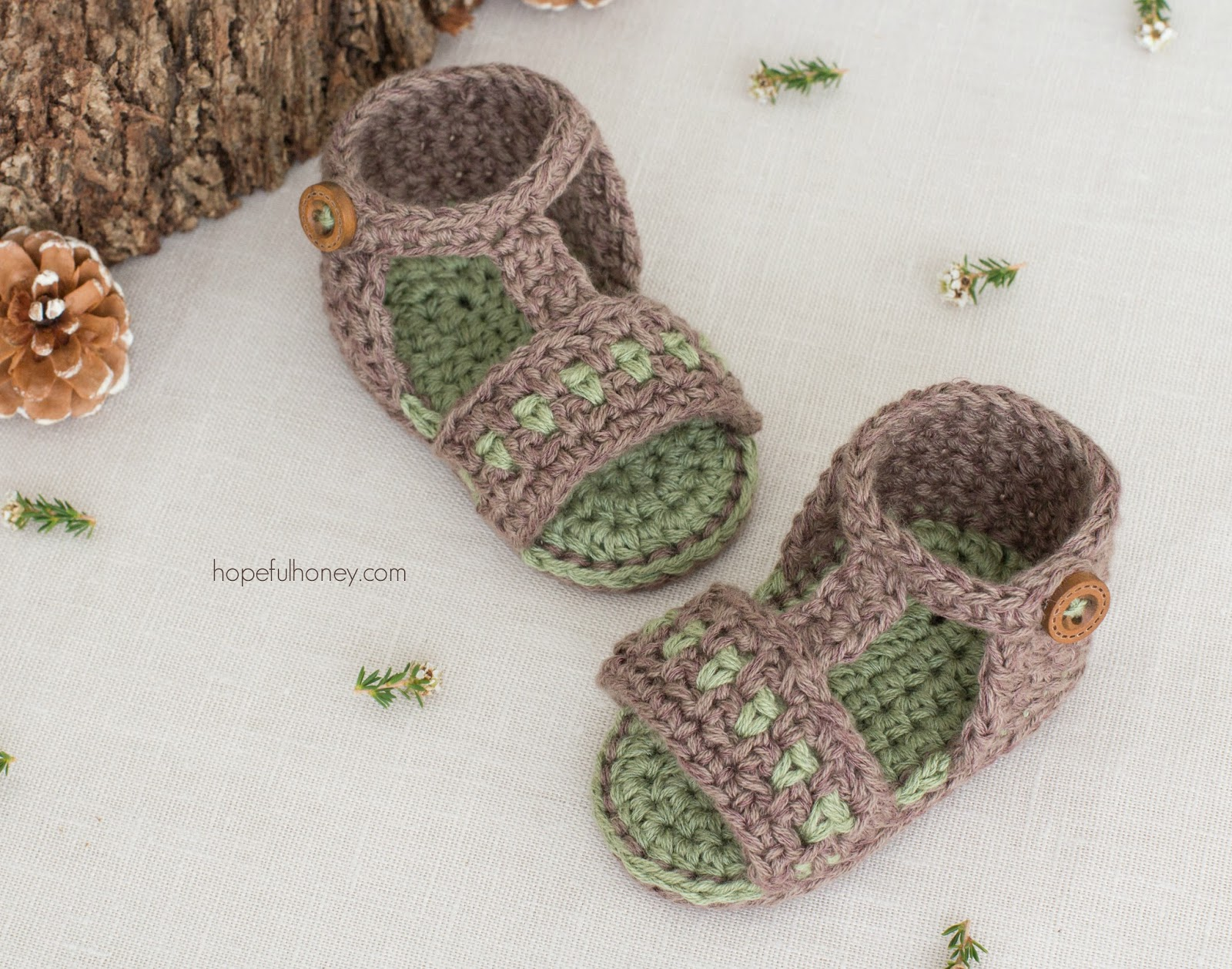 Apple Orchard Baby Sandals – Crochet Pattern + Giveaway