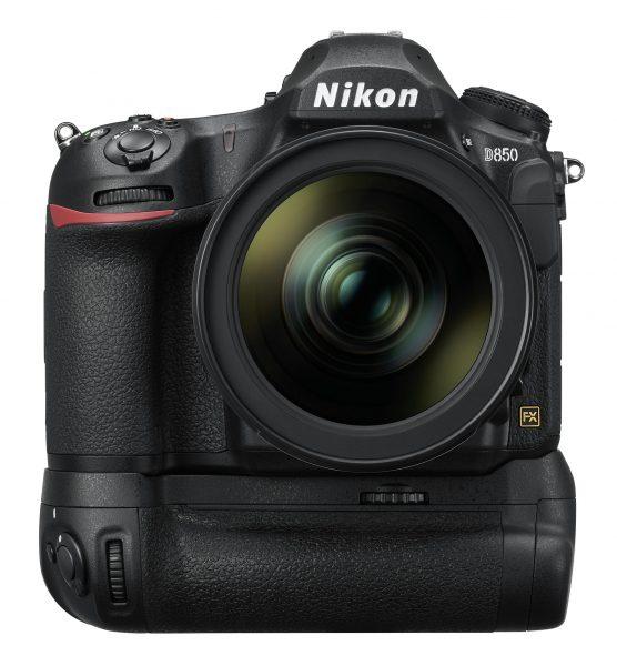 Nikon D850 с батарейным блоком