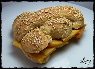 http://cucinaconlara.blogspot.it/2016/02/pane-e-panelle.html