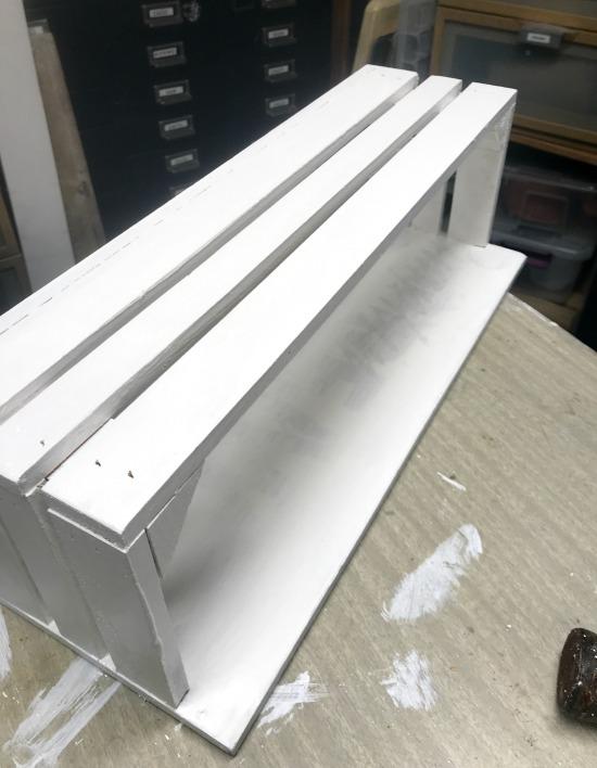 DIY Buffalo Check Mason Jar Crate. Homeroad.net