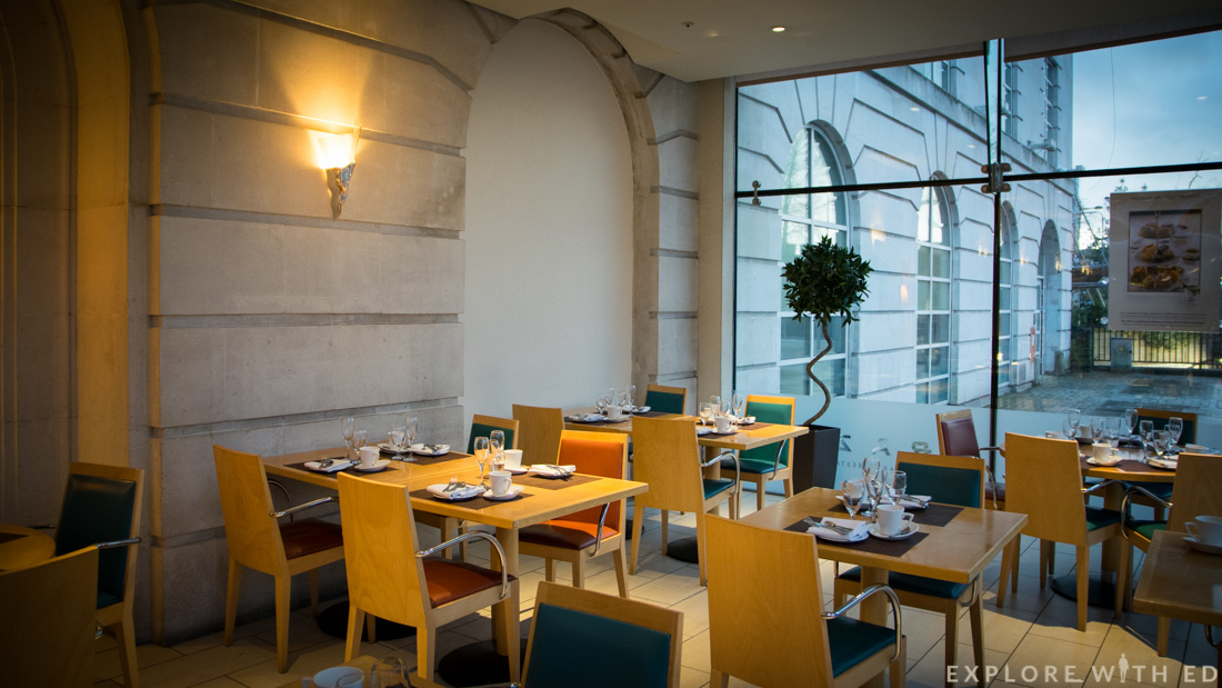 Razzi Restaurant in Hilton Hotel