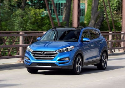 The all new Hyundai Tucson SUV blue picture