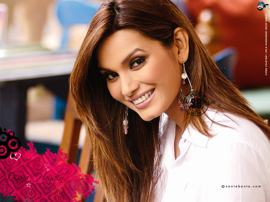 Vendetta Hd Wallpapers Background Images Wallpaper Abyss Dayna On Feedyeti Com Diana Hayden World Celebrity Pictures