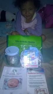 Ifa dan Goody Bag dari RSIA Kusuma Pradja