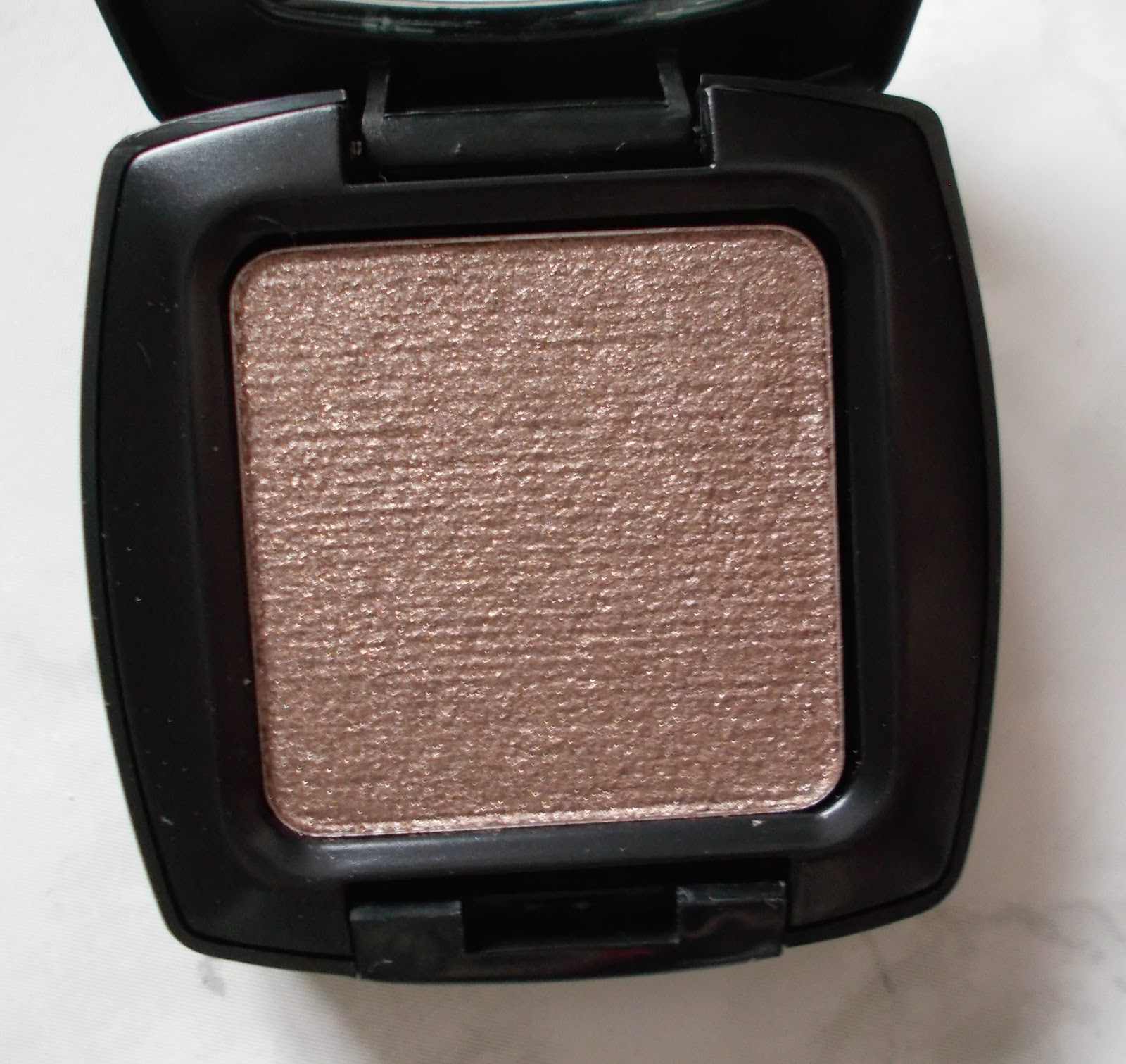 seventeen mono eyeshadow brown