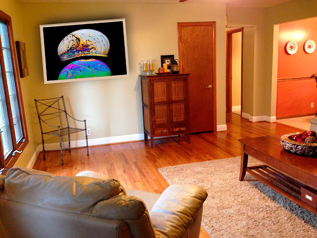 Living room with wall decor of fine art photograph