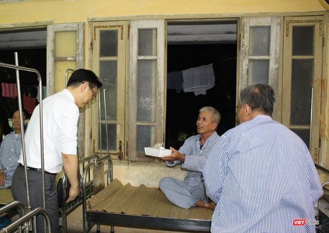 Gà rán Hàn Quốc - Cơn sốt mới của giới trẻ Hà Nội - Ảnh 6.