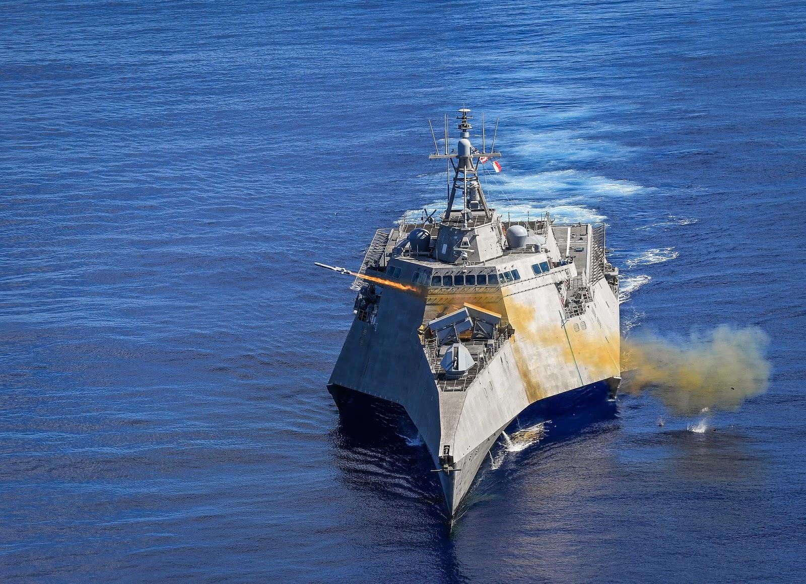 Бойовий корабель прибережної зони ВМС США USS Gabrielle Giffords (LCS 10) на навчаннях «Pacific Griffin» поблизу Гуаму продемонстрував можливості ракет NSM
