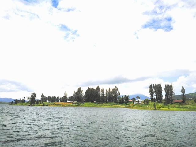 danau diateh dan dibawah alahan panjang