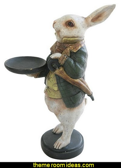 Rabbit Butler of White Rabbit