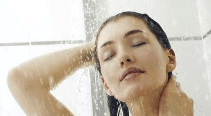 Mandi Air Dingin Lebih Bermanfaat Bagi Tubuh