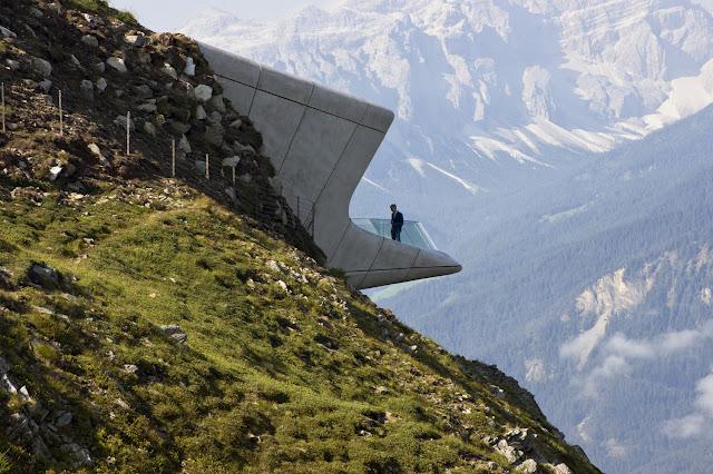 insaat-noktasi-dunyanin-en-guzel-dag-evleri-Messner-Mountain-Museum-Corones