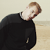 Parece Calvin Harris, mas é 'Be Right Here', single novo e todo trabalhado no deep-house do Diplo!