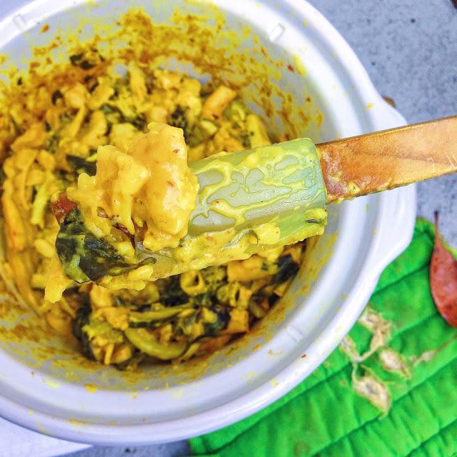 Secretly Superfood-Packed Slow Cooker Mac N Cheese (Gluten Free, Vegan)