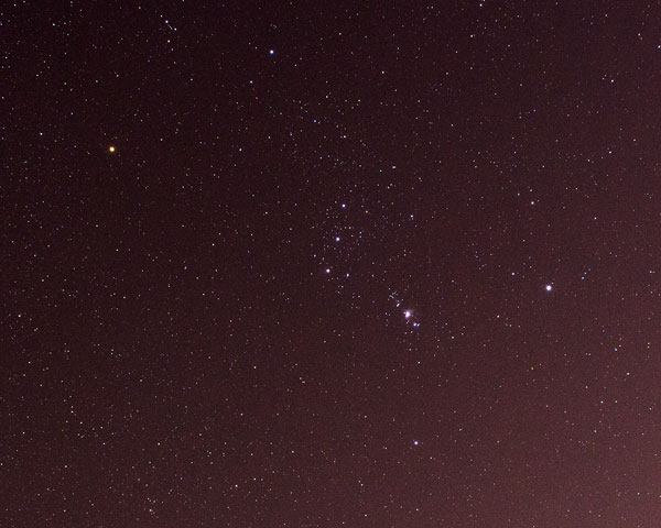 Hooray! Constellation Orion with Sky-Watcher, tracking on, 18mm DSLR, 120 seconds  (Source: Palmia Observatory)
