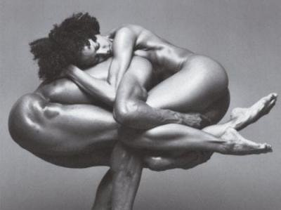 "Award Winning American Photographer ""Howard Schatz"" 1940"