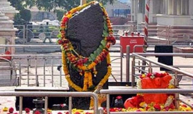 शिगनापुर में शनिदेव का धाम