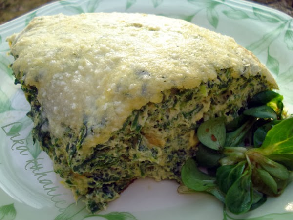 Fluffy frittata with spinach by Laka kuharica: light, cheesy and delicious frittata is ideal for brunch.