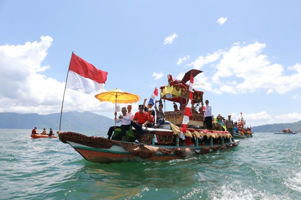 Gebyar Lumbok  Curi Perhatian Ribuan Wisatawan