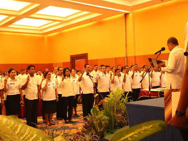 Richard Louhenapessy Lantik  46 Pejabat di Pemkot Ambon