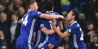 Chelsea stretch lead on EPL table