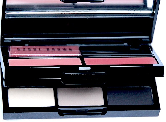 maquillage avec Classic to Go Palette Bobbi Brown Collection Party Noel 2011 test swatch
