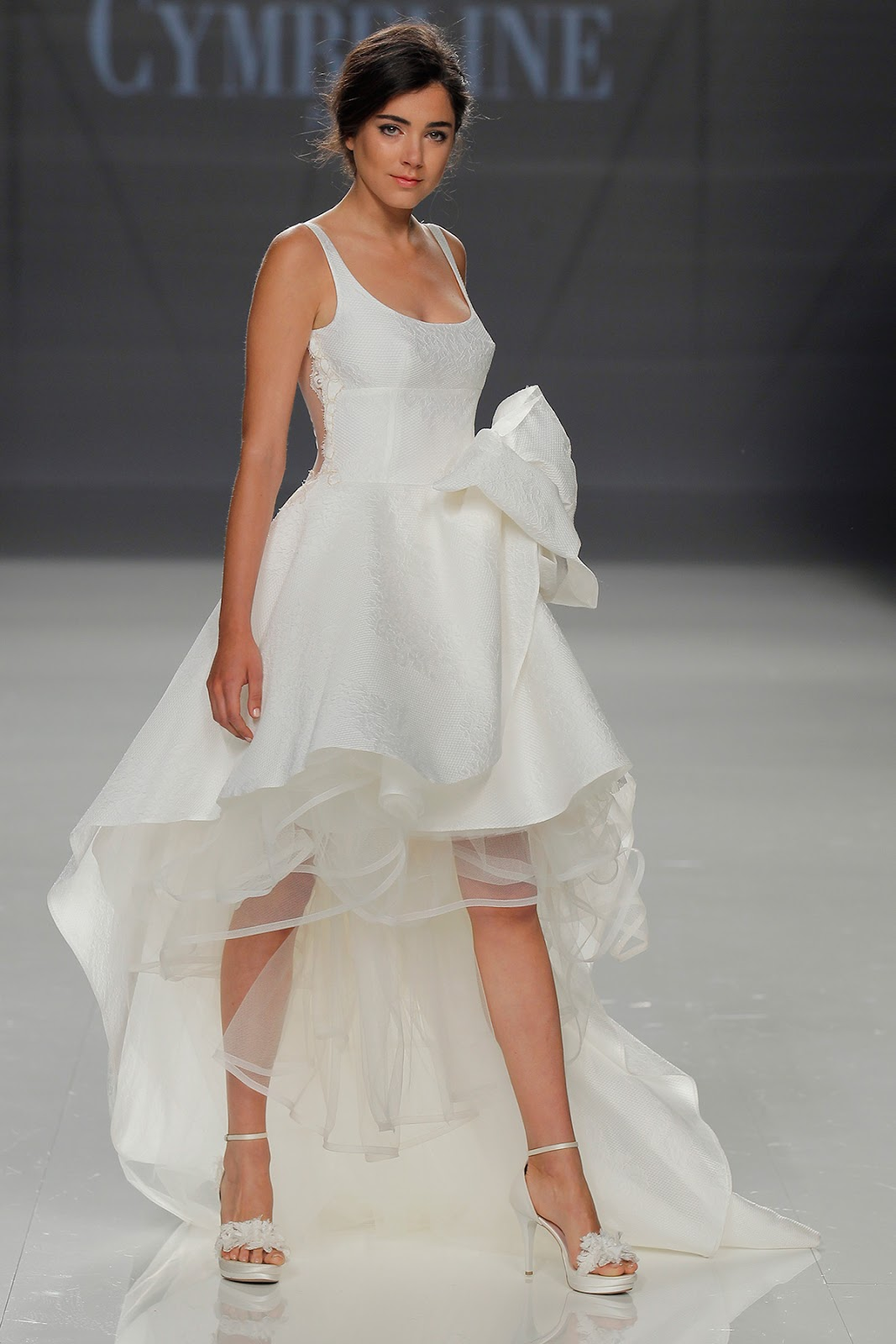 tendência vestido de noiva curto