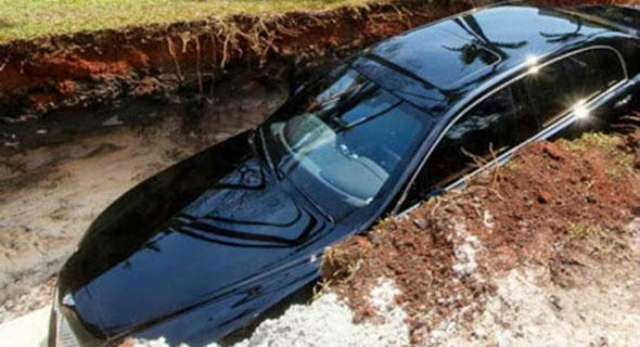 Mobil Bentley Seharga Rp. 6,7 Miliar Di Kubur Oleh Milyarder Brasil