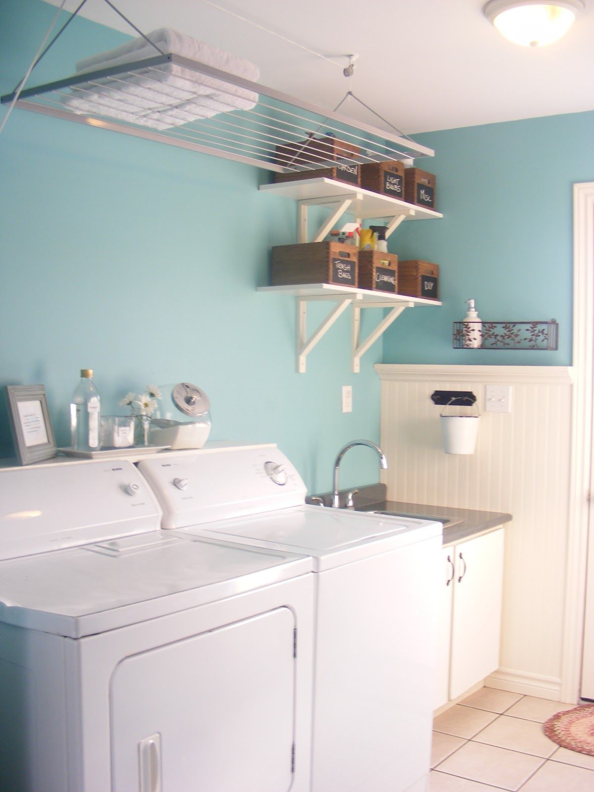 {Home Staging 101} Part 1: Laundry Rooms