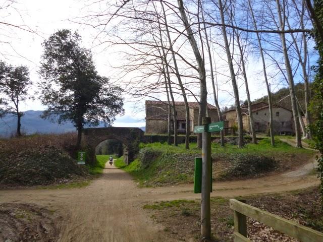 Masía en la vía verde