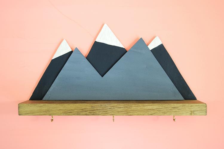 mini mountain wood shelf DIY