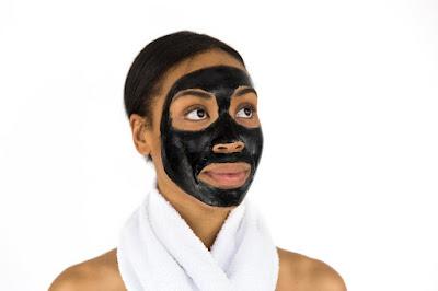 Tips memilih kosmetik aman