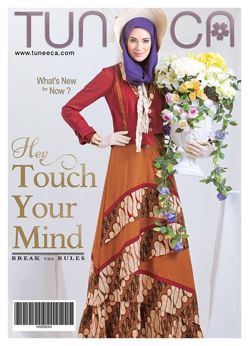 Perempuan Indonesia adalah cerminan dari budaya dunia. Dengan daya pikat  alami yang diwariskan dari budaya leluhur yaitu batik c57a6b322c