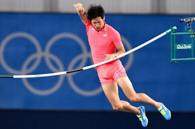 (Video) Atlet Jepun Gagal Ke Final Kerana Palang Tersangkut Pada Zakar