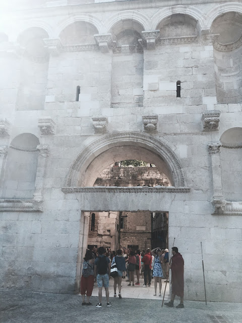 Split a Diokleciánský palác - rodinná dovolená, výlet do Splitu