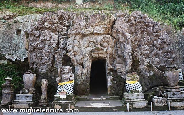 Entrada-Cueva-Elefante